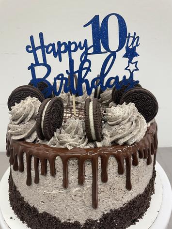 Oreo Signature Birthday Cake
