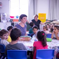 teacher kids meal time.jpg