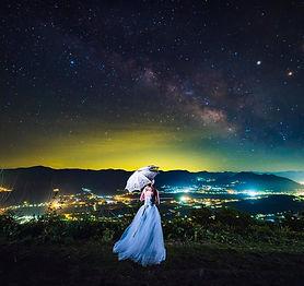 星空で撮影する新婦