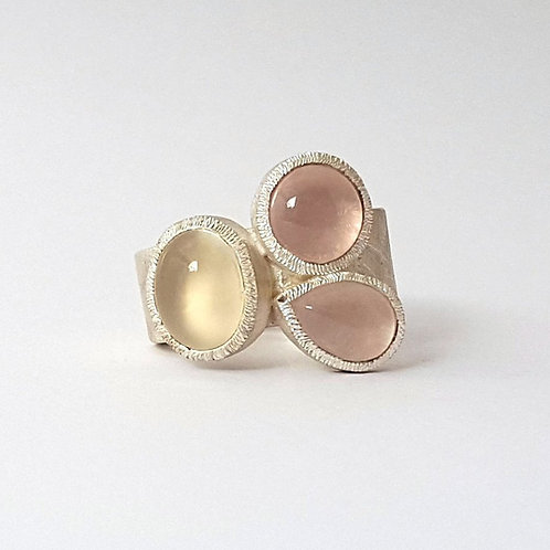 Pastel silver ring with 3 gemstones