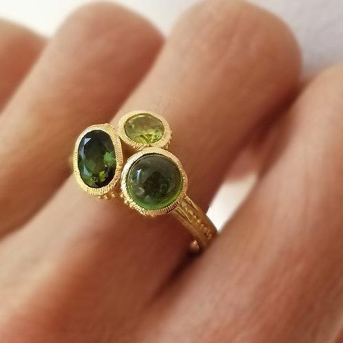 Grenn Bouquet ring