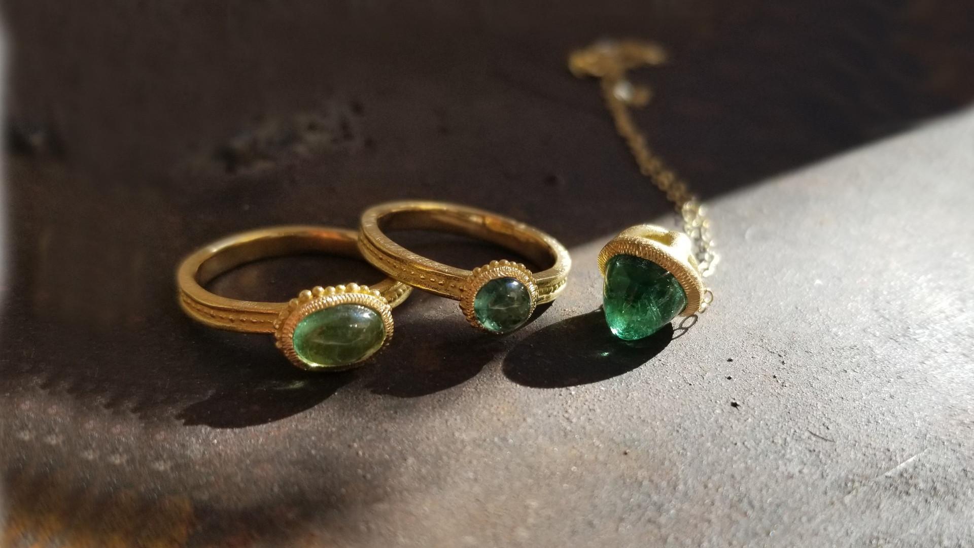 Bijoux de créateur en or et tourmaline valerie lachuer