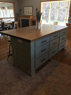 Kitchen island 2