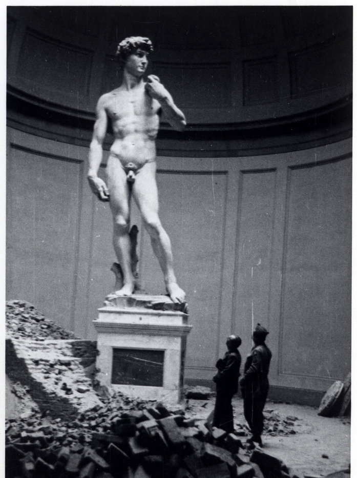 Michelangelo's David uncased after WWII