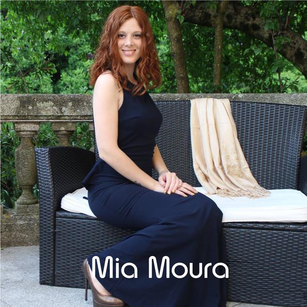 MIA MOURA