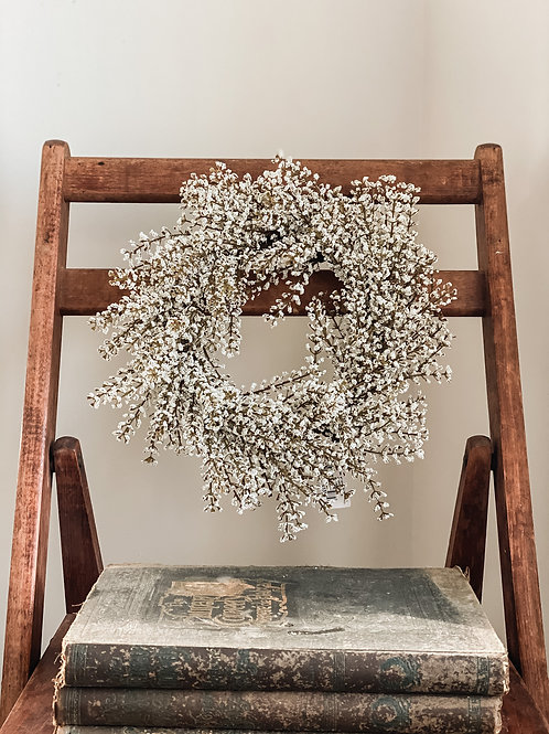 Winter Accent Wreath