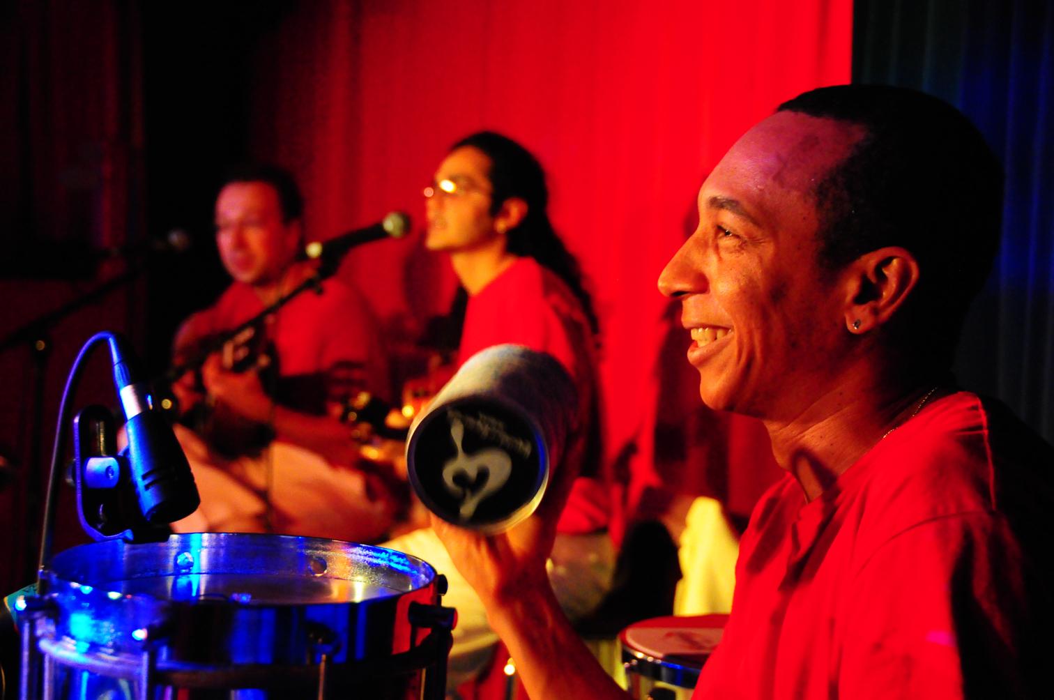 Sambaviva - Anselmo, Felipe & Jon