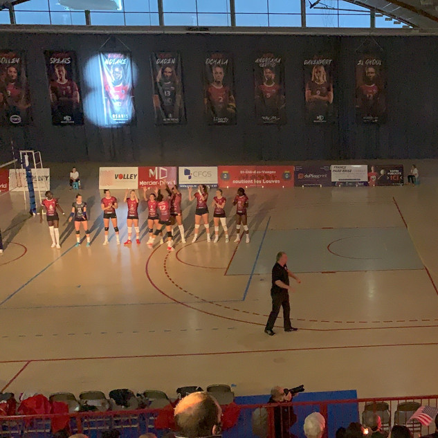 Showlight, animation et speaker aux match des Louves de Saint-Dié-des-Vosges Volley-Ball