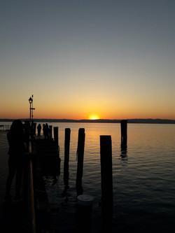 Lago al tramonto