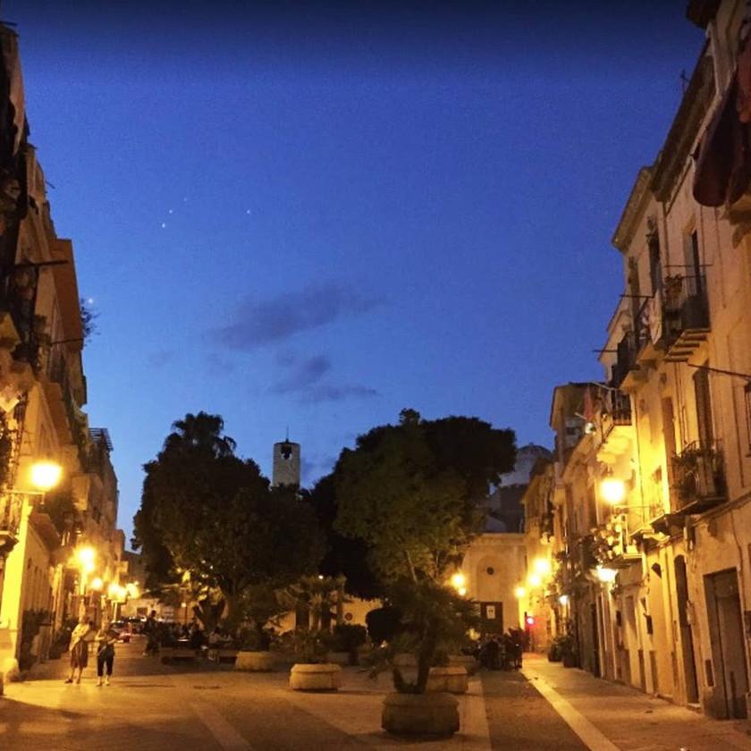 Cagliari la nuit
