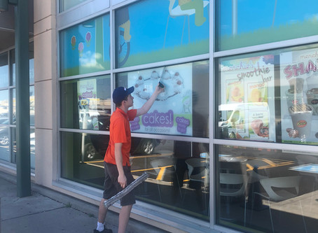 IMPORTANCE OF HIRING COMMERCIAL WINDOW CLEANING SERVICES
