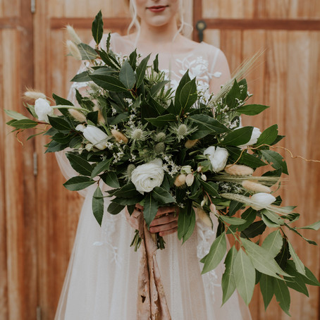 Boho Winter Wedding Shoot at Three Choirs Vineyards