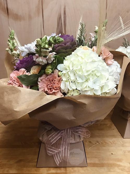 Porto Vase Flower Arrangement