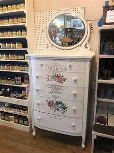 white dresser.JPG