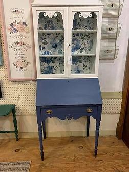 secretary desk 2.jpg