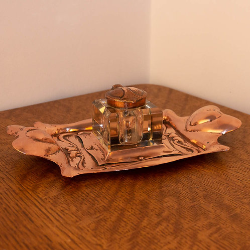 Antique Arts and Crafts Copper and Cut Glass Voysey Hearts Inkwell and Pen Tray