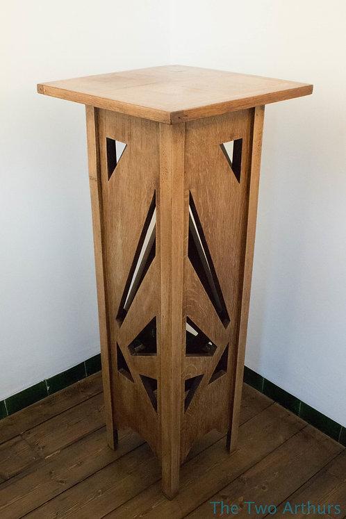 ART DECO Geometric Quarter Sawn Oak Table or Display/Plant Stand 106.5 cm high c