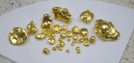 Fine 9995 gold beads