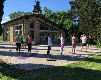 yogawochebild1.png