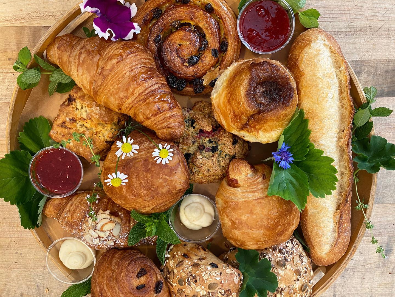 Small breakfast platter