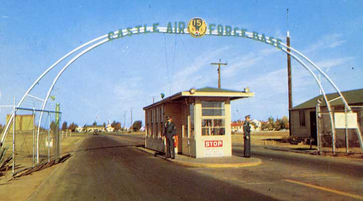 Castle AFB Main Gate 1950s.jpg