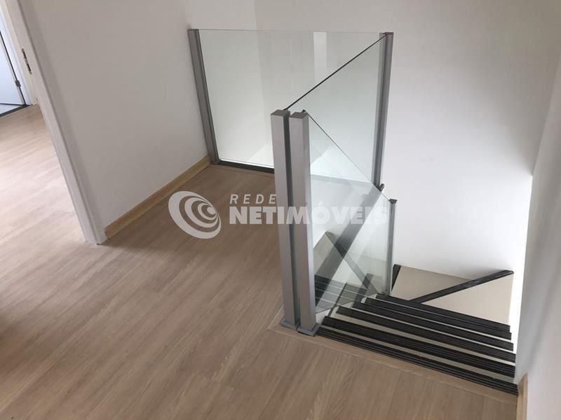 Casa Jardim Alterosas - Escadas