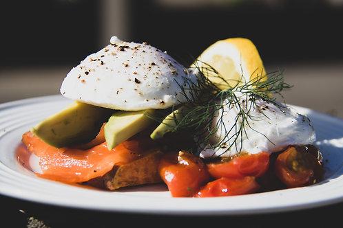 poached egg, salmon + avo breaky (wednesday)