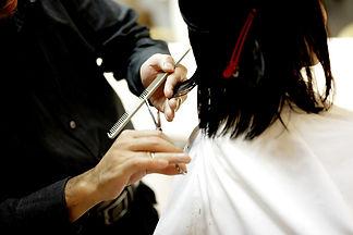 haircut-834280_1920.jpg