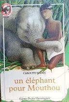 "Carolyn Sloan ""Un éléphant pour Mouthou"""