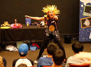 Science Safari touring with Entertaining and educational science show about climate change and sustainability
