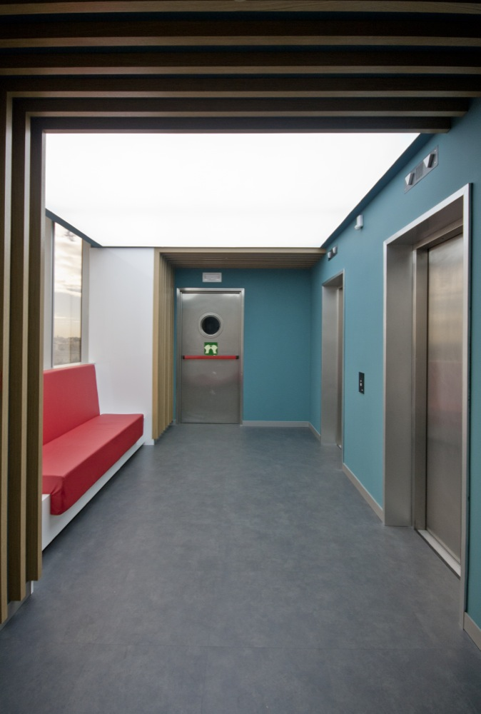 Hall 2.jpg