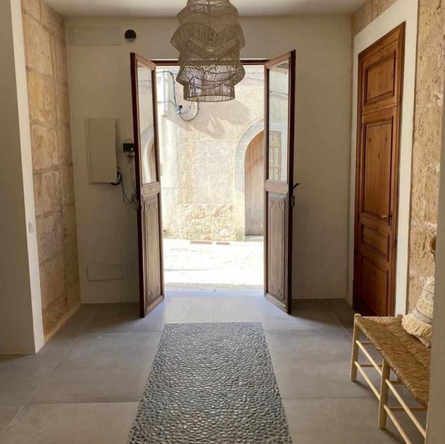 NACHER Eingangsbereich