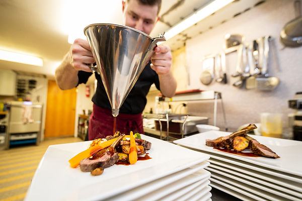 0164-restaurant harmonie am chischtepass