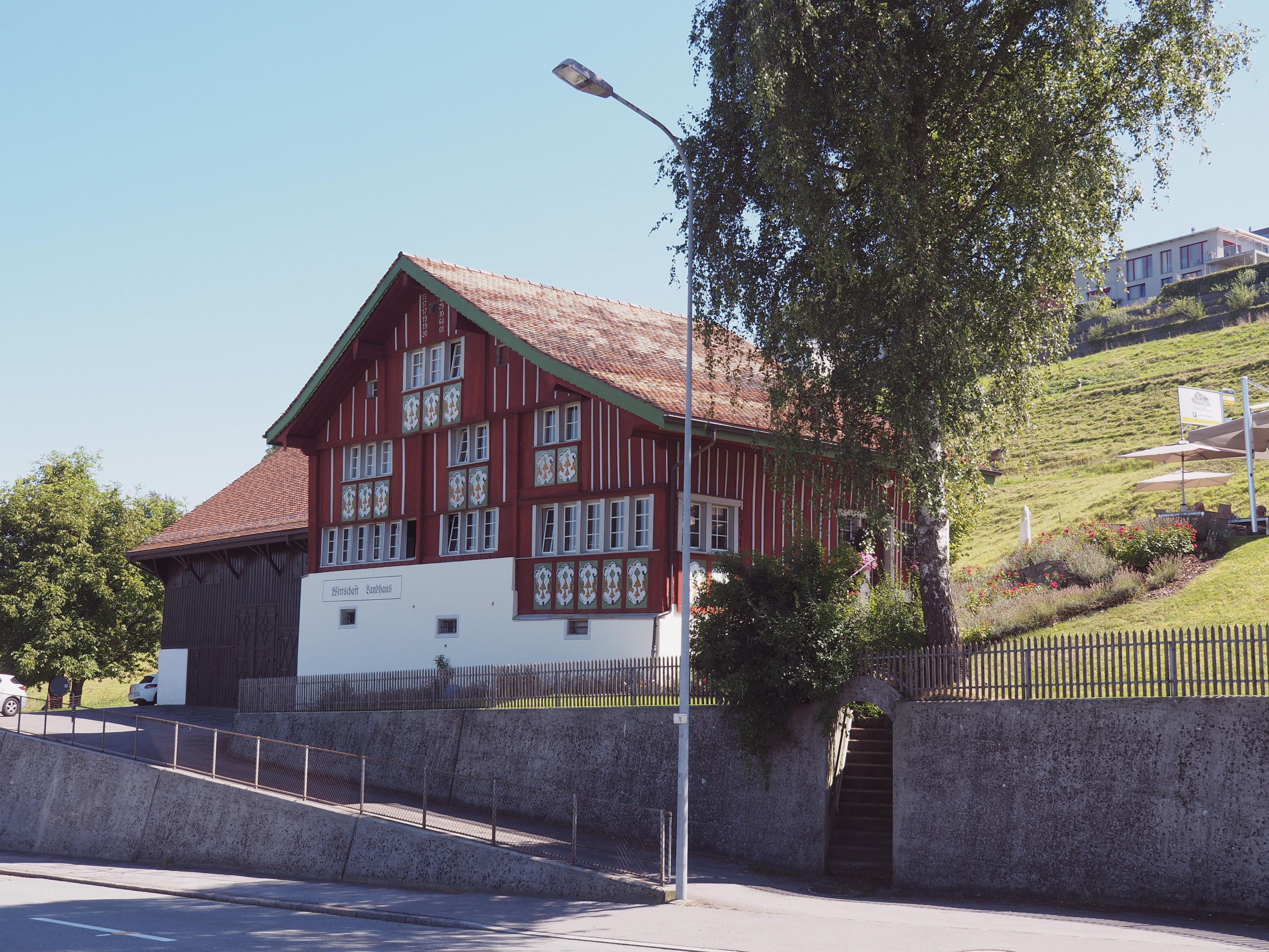 landhaus_restaurant_aussen_softwarm
