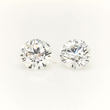 Pair of Round diamond