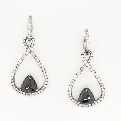 Loop Black diamond earrings