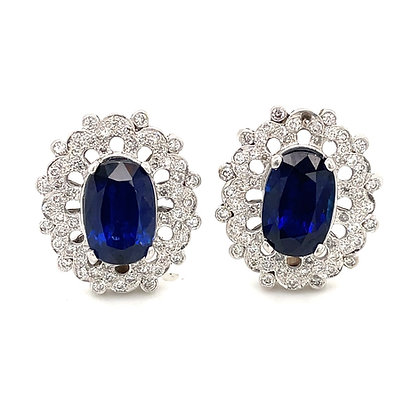 Oval sapphire and diamond earrings in PLATINUM