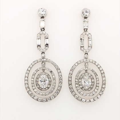 Oval shape hanging earring