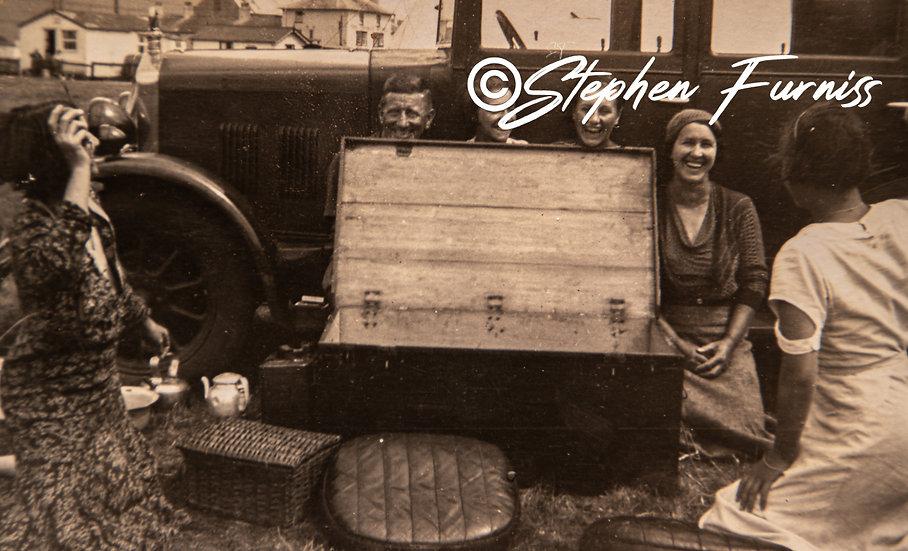 The Picnic Box 1930's