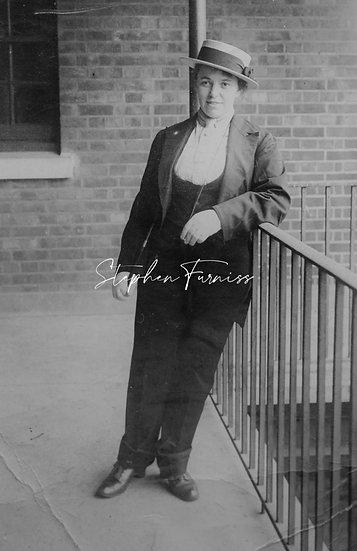 Cross Dressing Women 1910