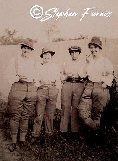 Land Girls WWI