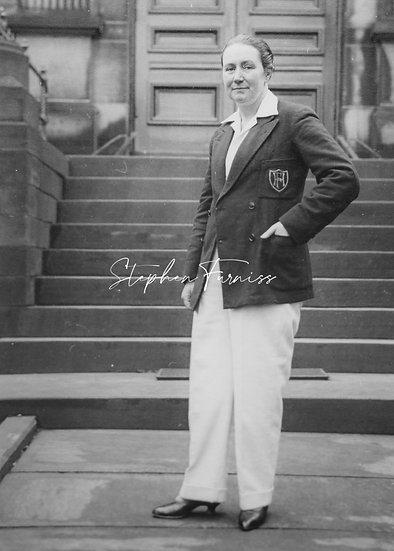 Cross Dressed Women 1931