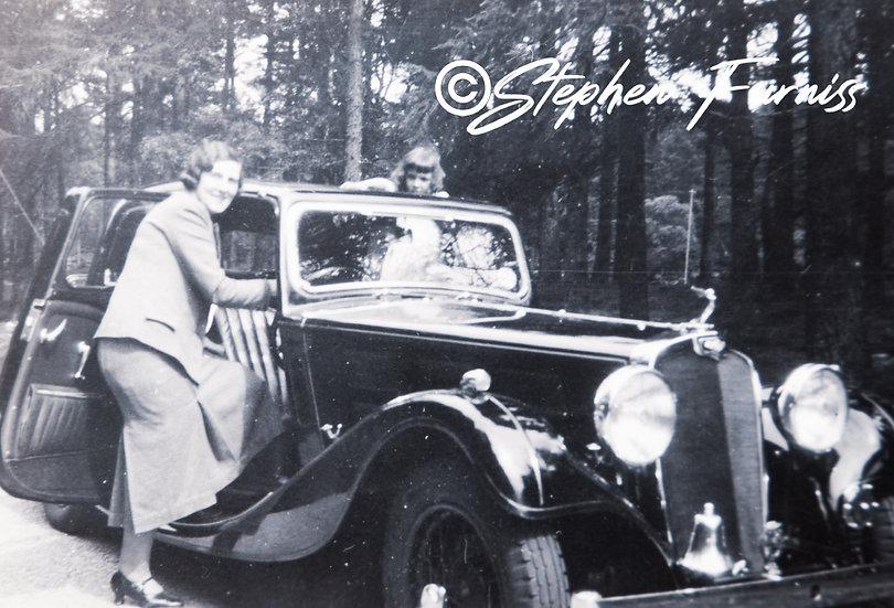 Lady Motorist 1930's