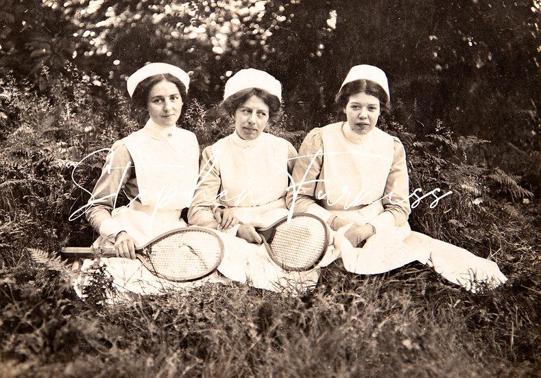 3 Nurses 1913