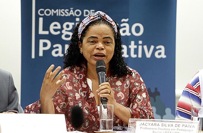 Audiência_Pública_Câmara_dos_Deputados_Regulamentação_da_Profissão_do_Educador_Social_11