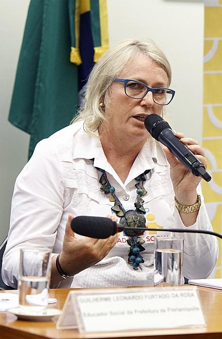 Audiência_Pública_Câmara_dos_Deputados_Regulamentação_da_Profissão_do_Educador_Social_06