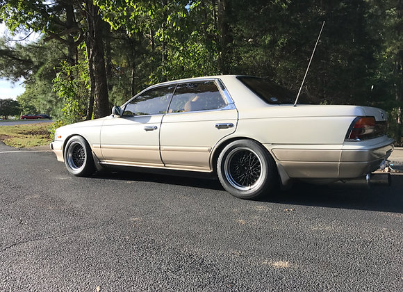 1990 Nissan Laurel, rb20det, 5spd, light mods,