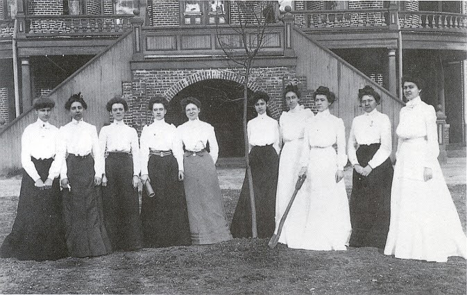 "The ""Immortal Ten"" of Meredith College"