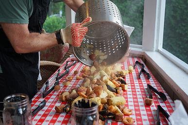 DelMarVa Boil Company Signature Seafood Boil pour