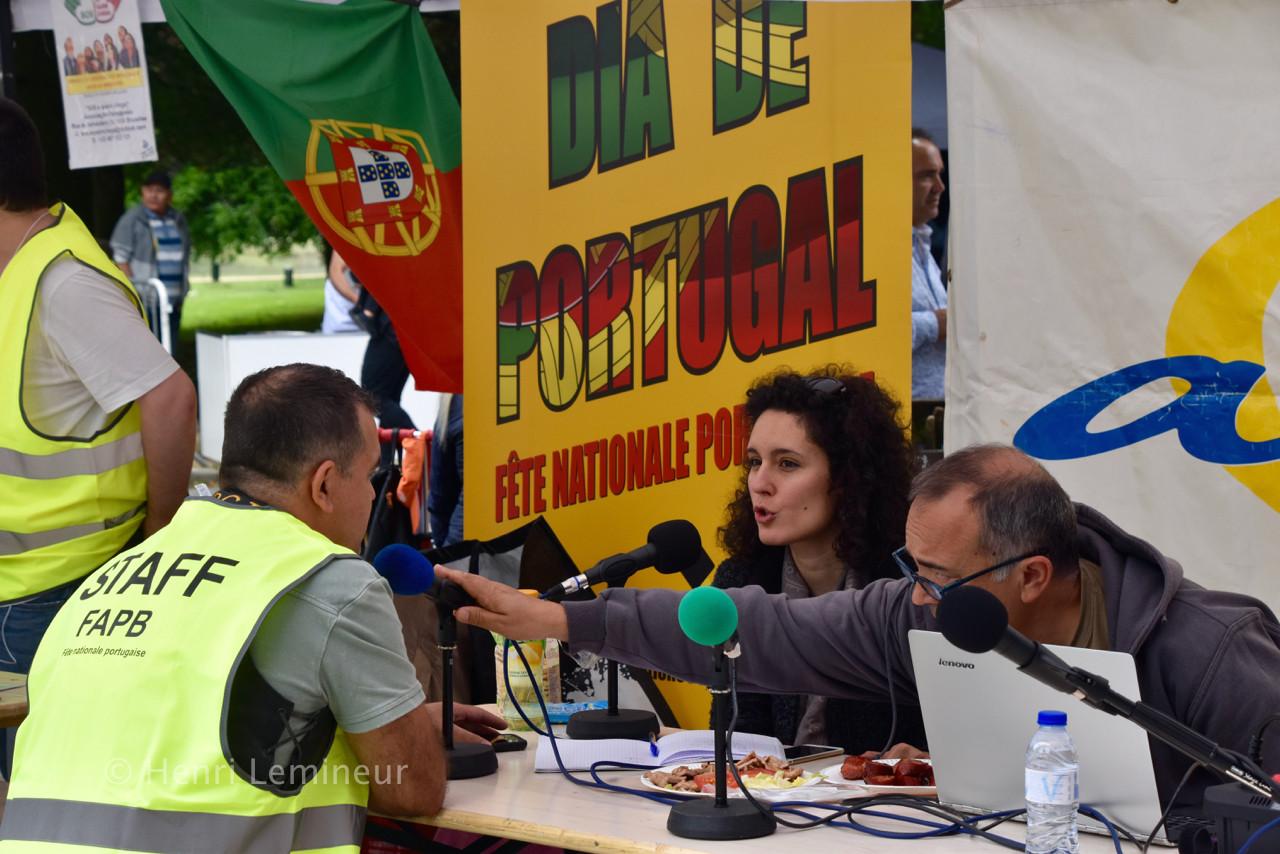 2019DiaPortugal001radio.JPG